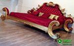 Tempat Tidur Mewah Warna Merah Emas Ukiran Jepara