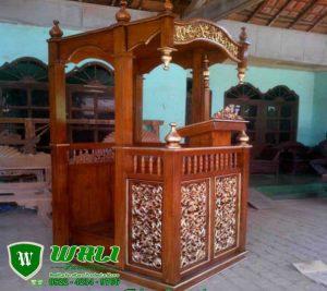 Mimbar Masjid Khutbah Ukir Kaligrafi Kayu Jati Jepara
