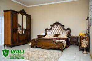 Set Tempat Tidur Kayu Jati Warna Natural Elegan Jepara