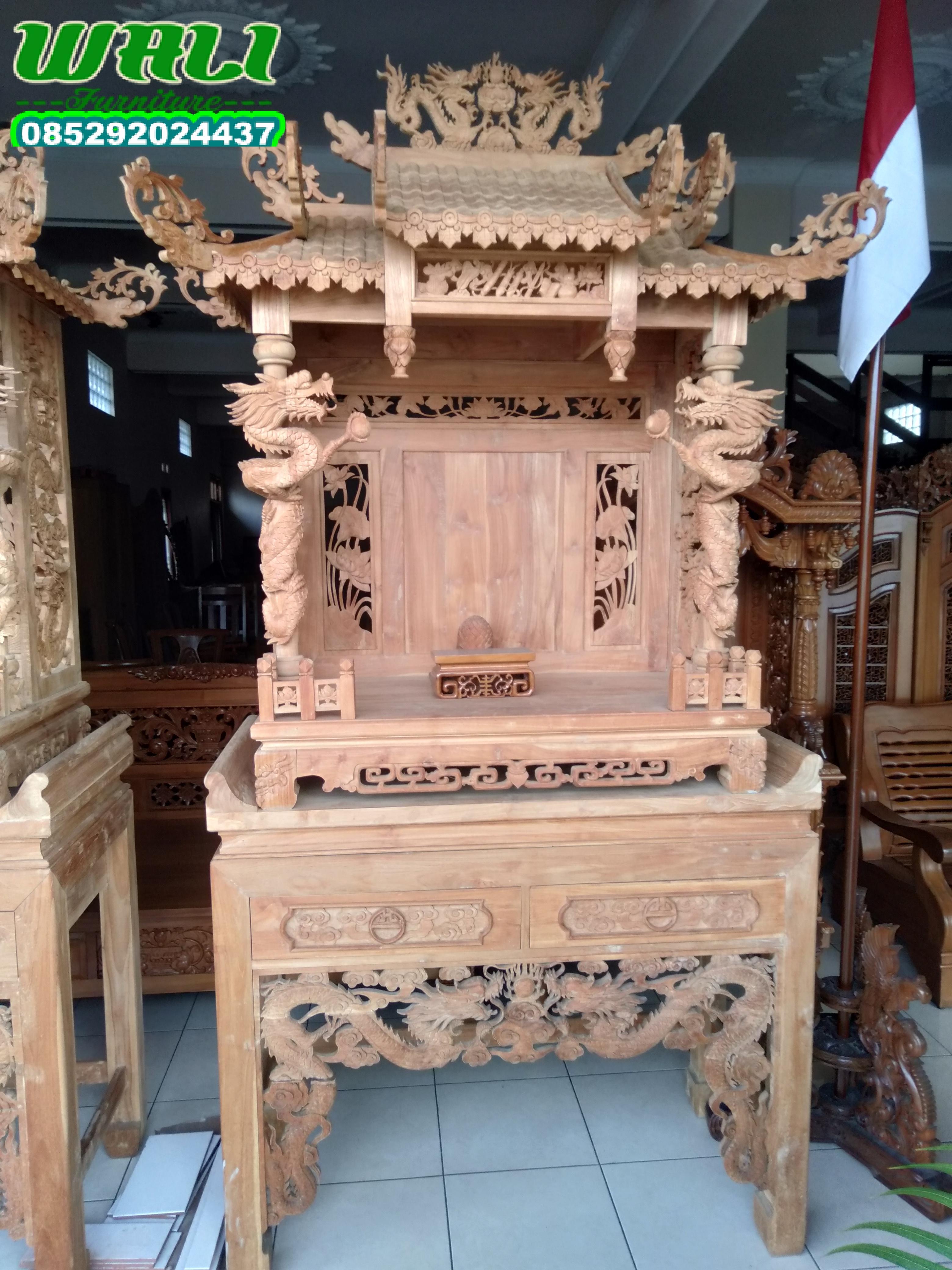 meja altar meja sembahyang ukir relief kepala naga,meja joli,meja sembahyang,meja dupa,tempat dupa,tempat sembahyang orang cina,tempat dewa bumi,meja sesembahan,meja dewa bumi