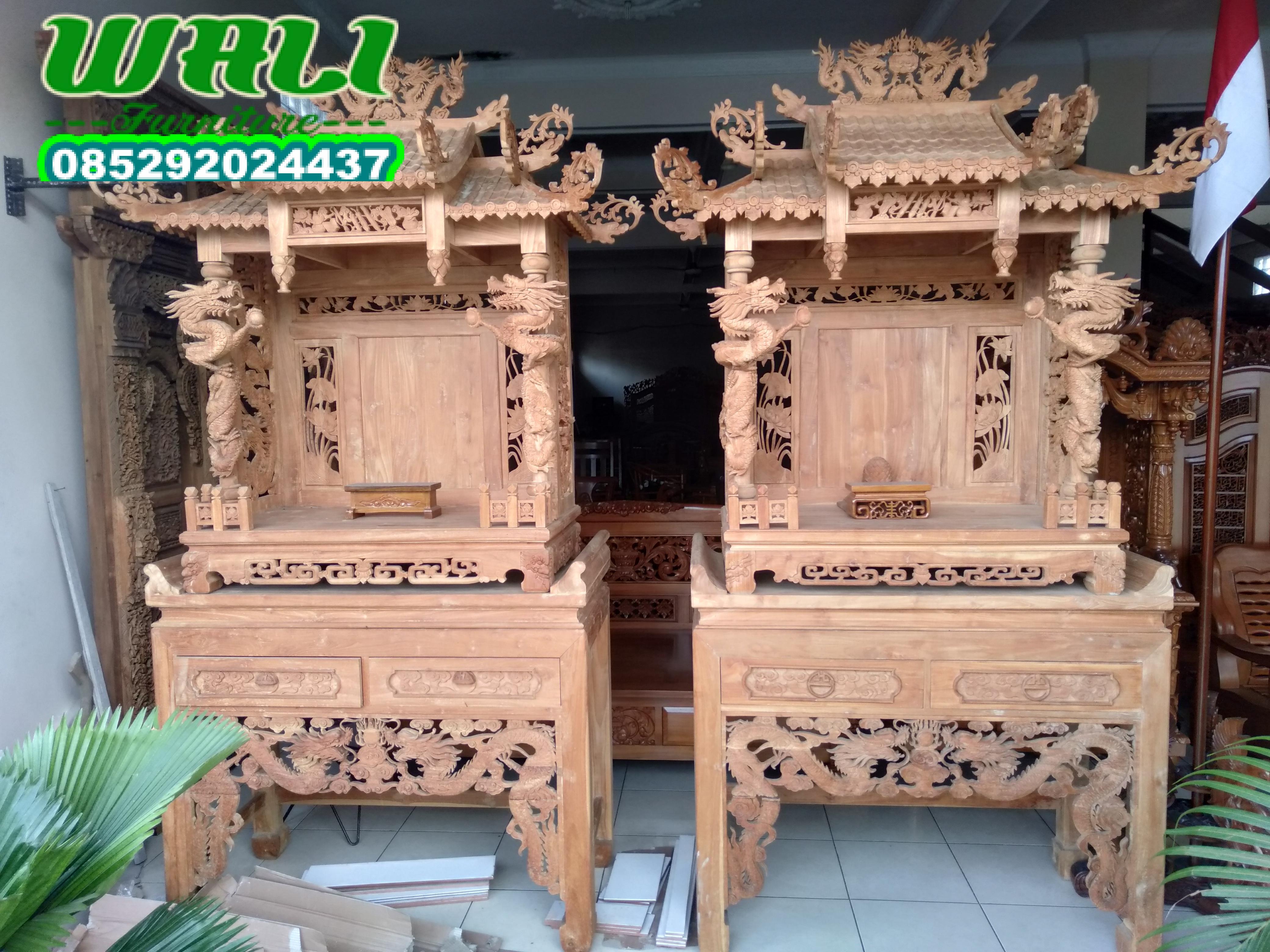 meja altar tempat dewa bumi bersemayam,meja altar besar,meja altar kecil,meja sembahyang,meja dewa bumi,meja joli,joli besar,joli kecil,tempat arak arak,meja altar ukir naga.