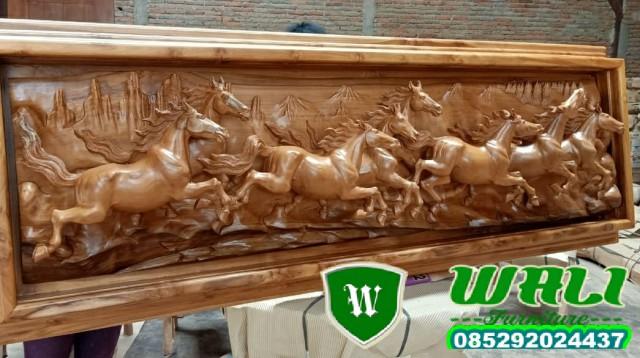 pigura kuda ukir mewah relief furniture kualitas baik sekali,patung,patung kuda,patung ukir,patung relief